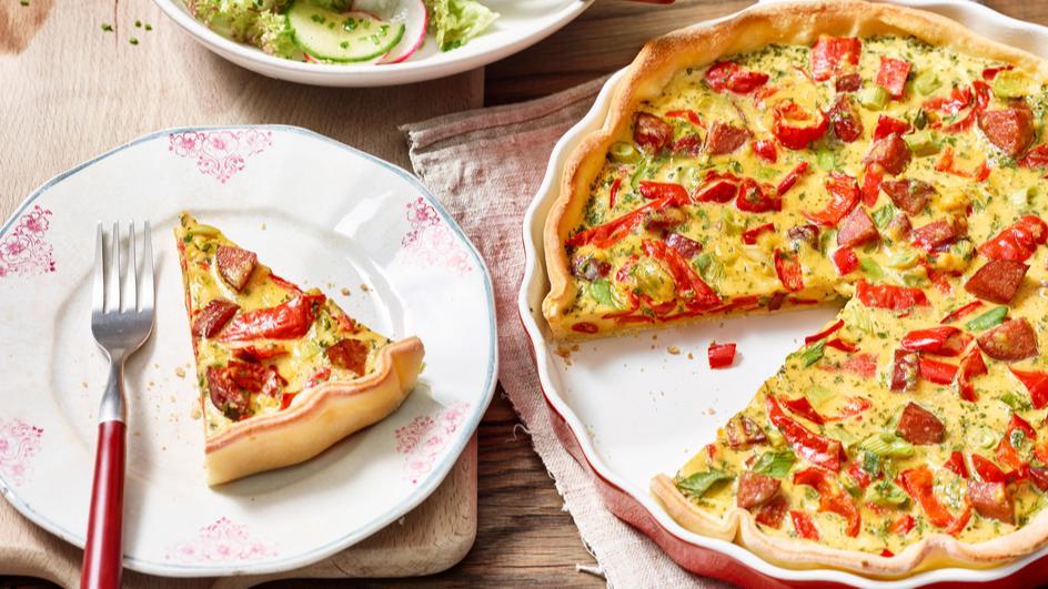Bunter Gemüse-Kuchen mit Cabanossi