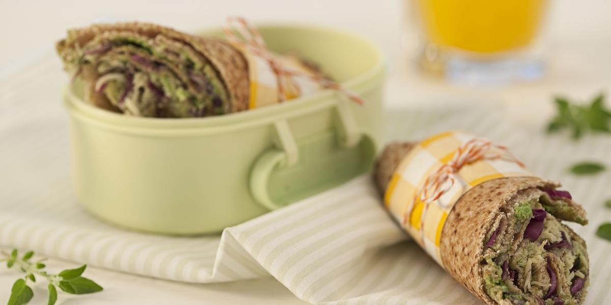 wrap-integral-pasta-rucula-repolho-roxo-frango-receitas-nestle