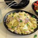 Couscous recept met asperges, frisse salade en aspergesaus