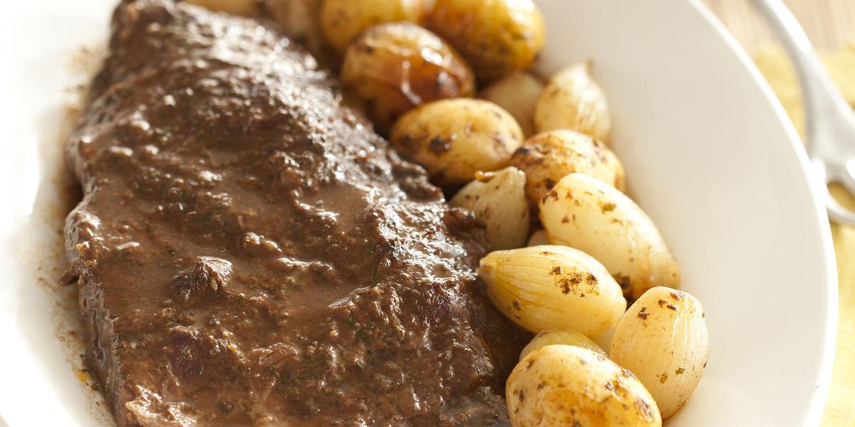 fraldinha-assada-batatas-coradas-mini-cebola-receitas-nestle