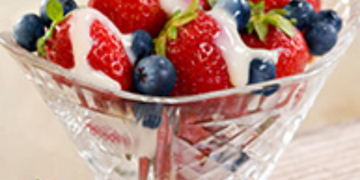 Copa de Frutos Rojos con Salsita Especial