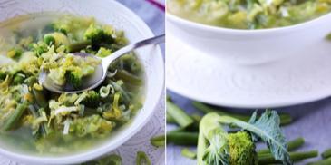 Zielona zupa z pora z fasolką szparagową, groszkiem i brokułami