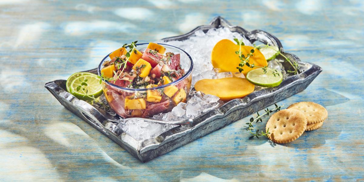 Ceviche de atún con mango