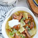 Zupa z kurek z łazankami i tymiankiem cytrynowym