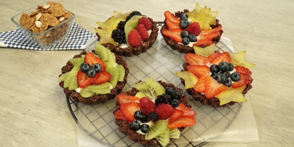 Mini tartas de cereal y fruta