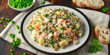 Salata de boeuf cu mix de muraturi