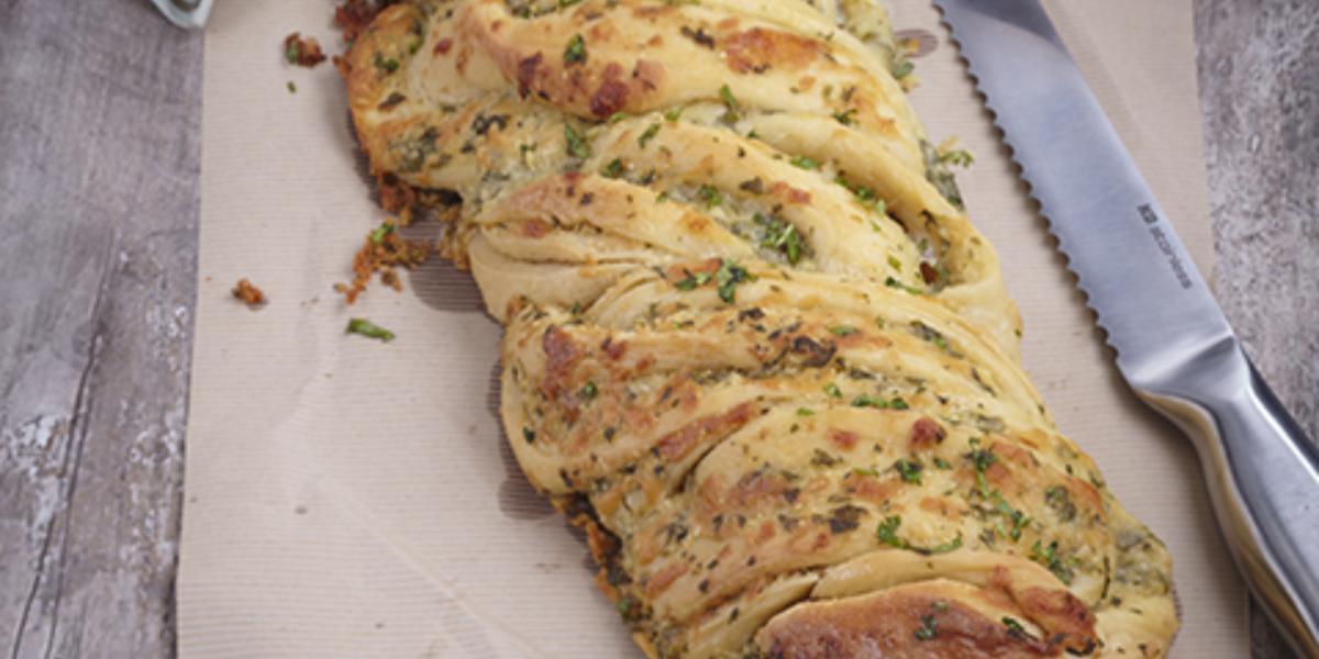 Cheesy Garlic Braid Bread