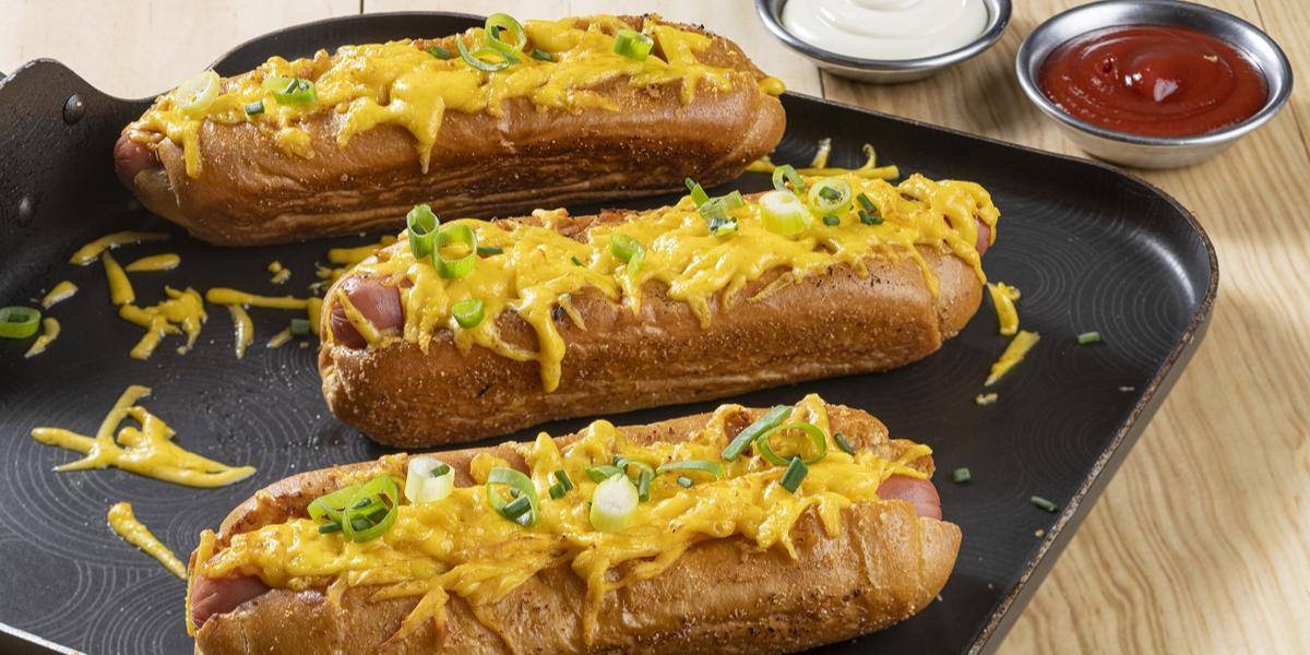 Hot Dog de Queso con Grill