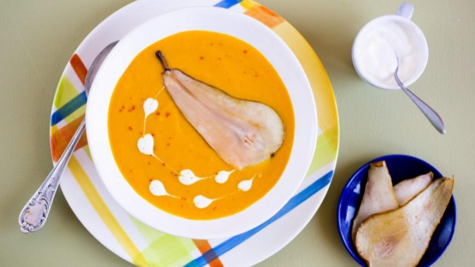 Krem z marchewki z gruszką i chilli