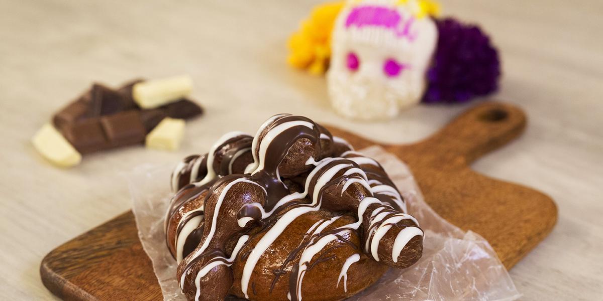 Pan de muerto 3 chocolates