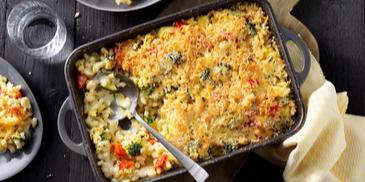 Vegetarisch recept: Mac 'n Cheese ovenschotel met groenten