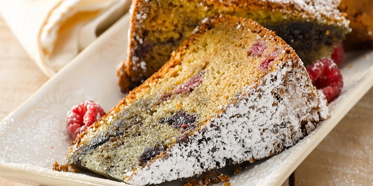 Queque de Leche Condensada y Frambuesa sin Gluten