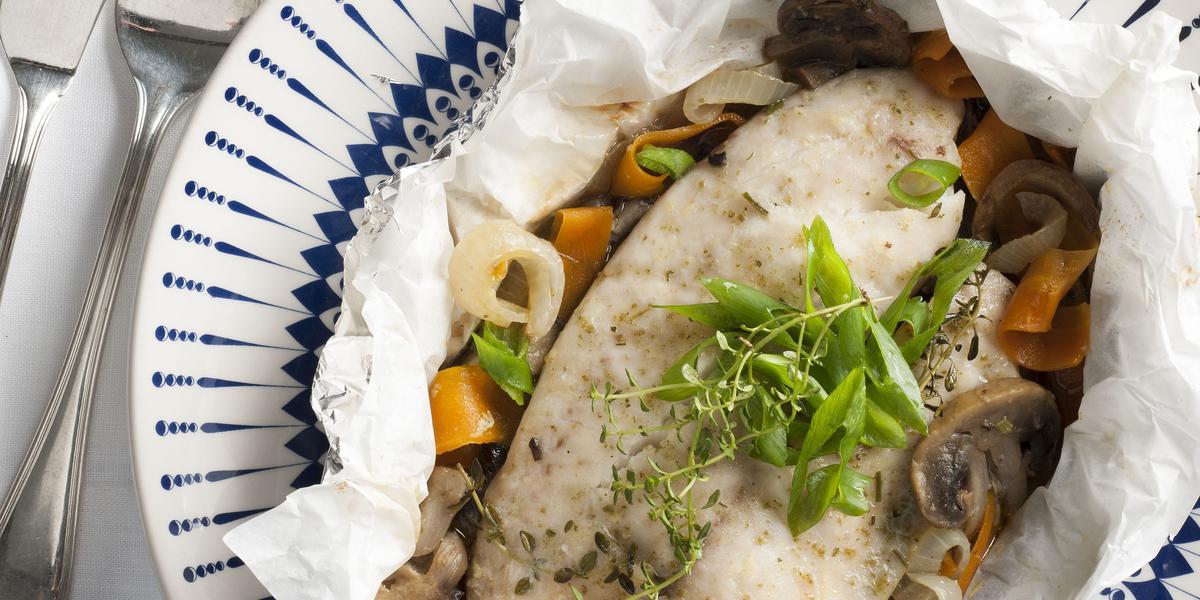 papillote-saint-peter-cogumelos-cenoura-receitas-nestle