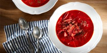 Bors rusesc de sfecla rosie cu carne de vita