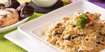 Creamy Chicken & Mushroom Noodles