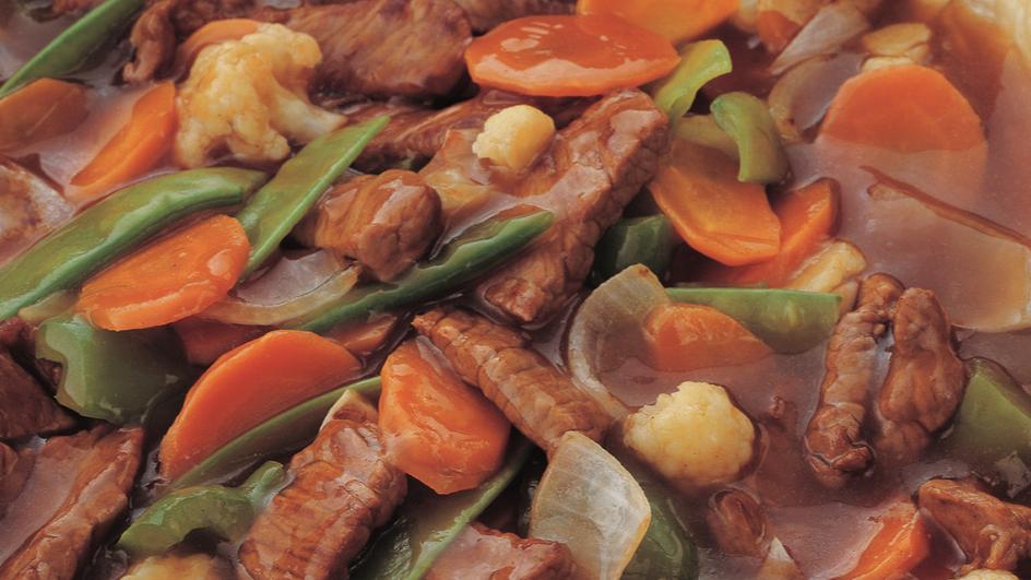 لحم البقر المقلي مع صلصة المحار