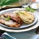 Fűszeres csirke grillezett édesköménnyel
