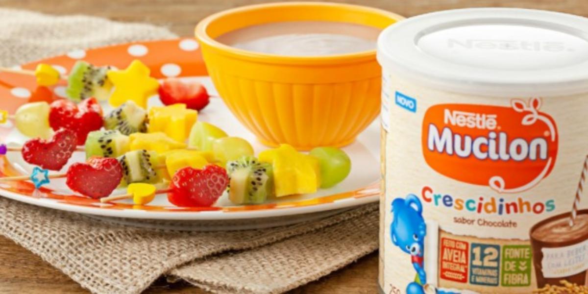 Fonduezinho-Chocolate -Espetinho-Frutas-receitas-nestle
