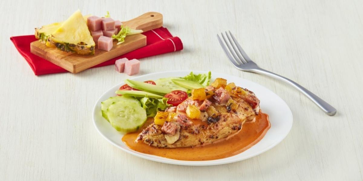 Pollo hawaiano con salsa roja