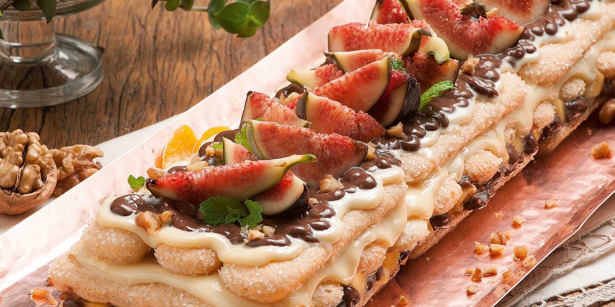 pave-creme-maracuja-chocolate-pessego-receitas-nestle