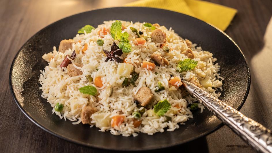 Chunky Soya Vegetable Pulao Recipe