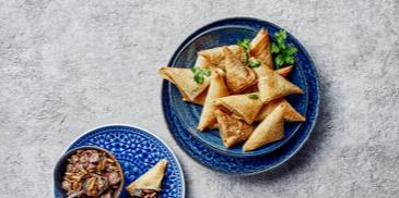 Oven-Baked Chicken Musakhan Sambosa