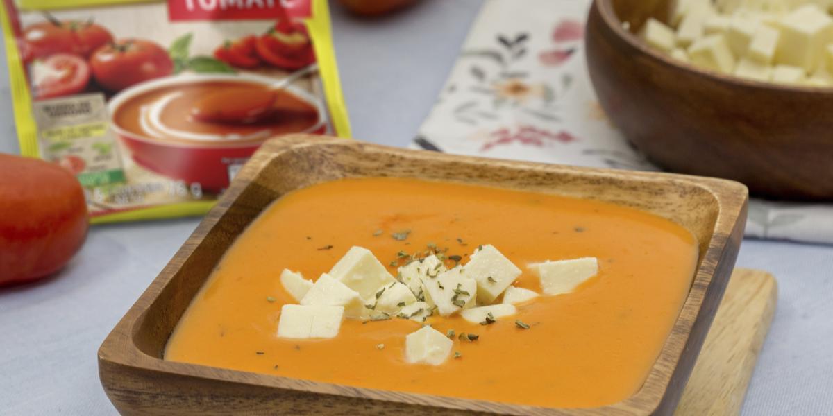 Crema de tomate con queso