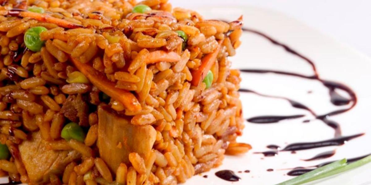 Receta saludable de arroz con pollo y camarón