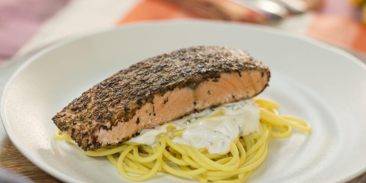 Prepara esta receta de comida saludable de salmón