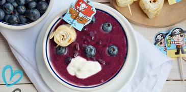 Zupa dla dzieci – jagodowa z naleśnikami