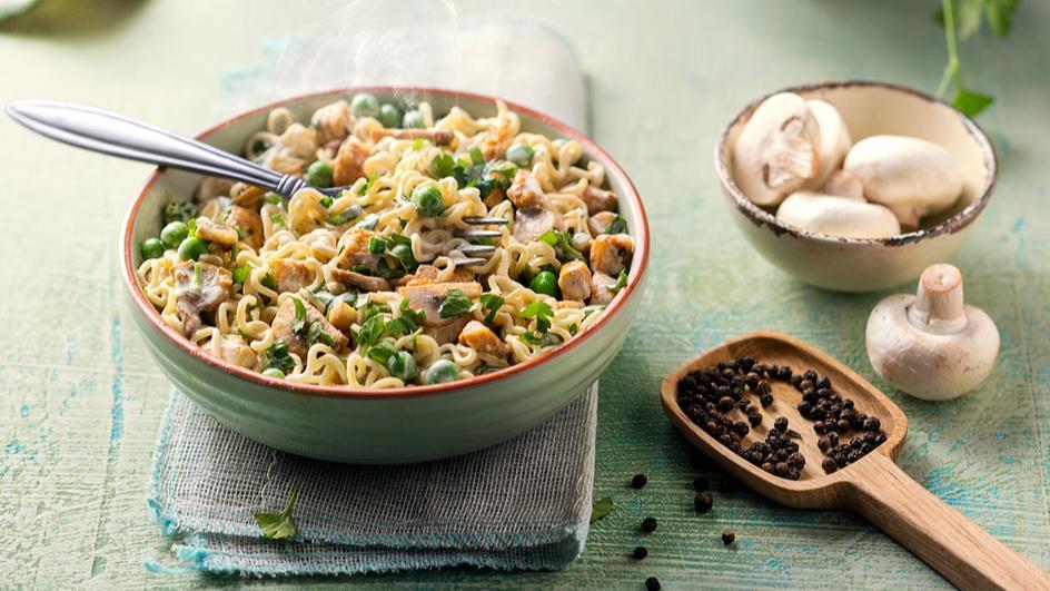 Chicken & Mushroom MAGGI Noodles