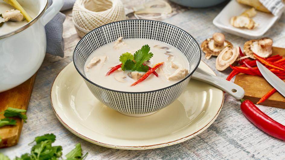 Hühnersuppe mit Zitronengras - Tom Khaa Gai