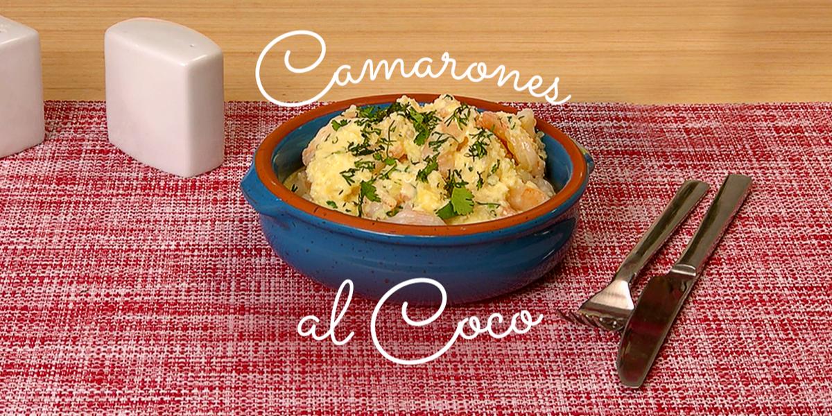 Sopa de camarón con coco