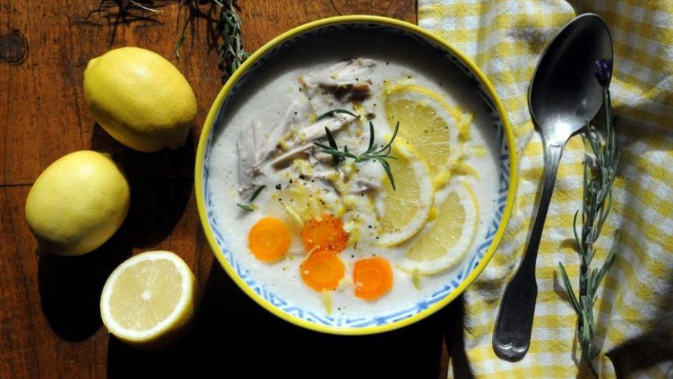 Avgolemono – grecka zupa cytrynowa