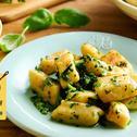 Kopytka z masłem i ziołami
