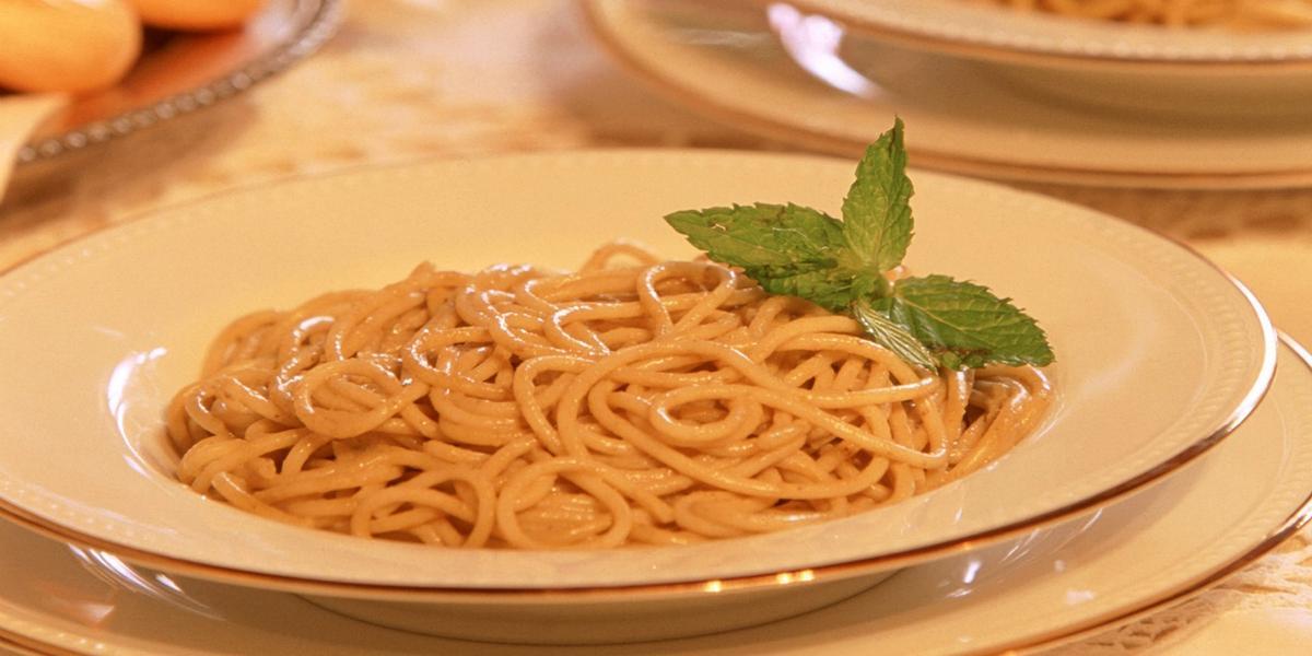 Spaghetti con salsa de chipotle