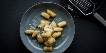 Itališki virtinukai Gnocchi su rikotos sūriu
