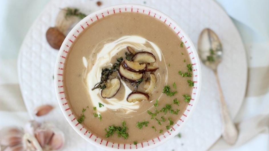 Kremowa zupa grzybowa z prawdziwkami i śmietanką