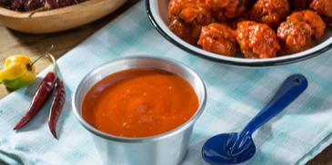 Skrzydełka z kurczaka z pikantnym sosem