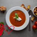 Na walentynki: Rozgrzewający krem pomidorowy na pieczonych warzywach