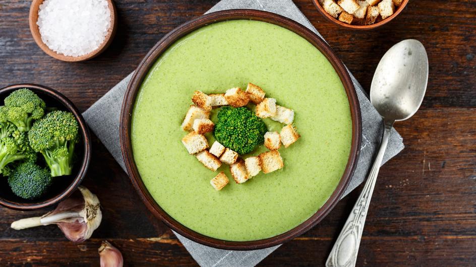 Supa crema de praz cu broccoli si fasole alba