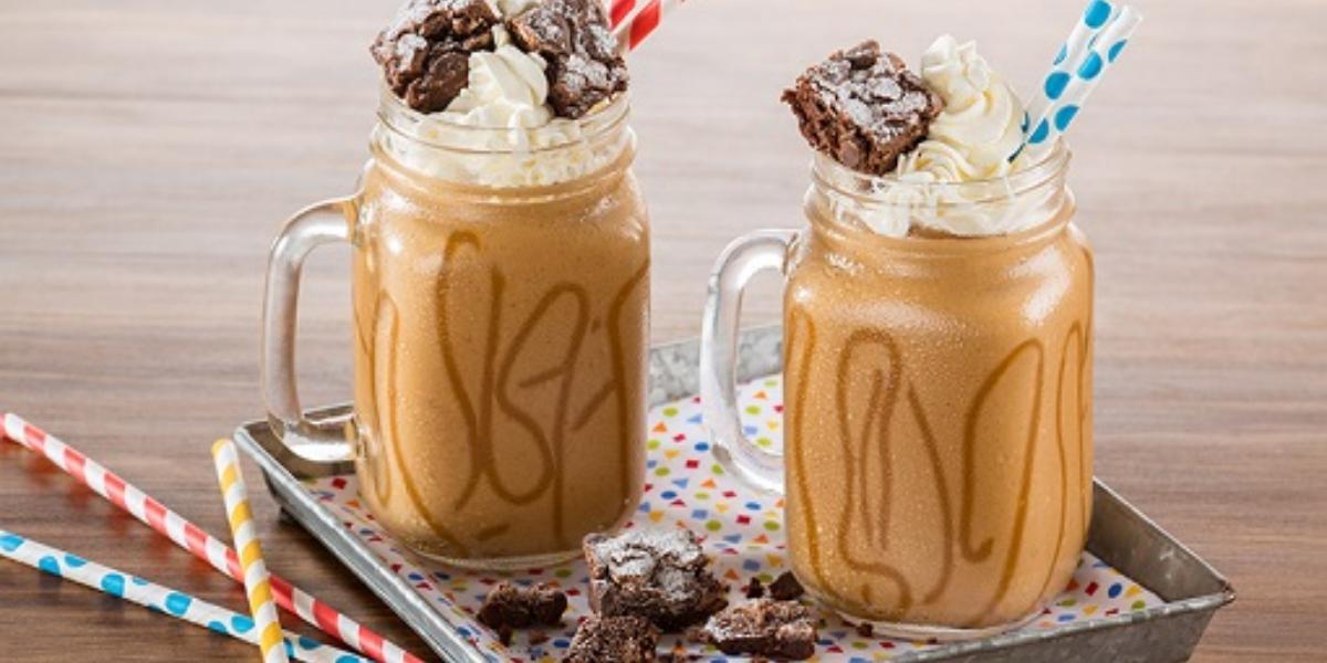 Malteada de dulce de leche y brownie