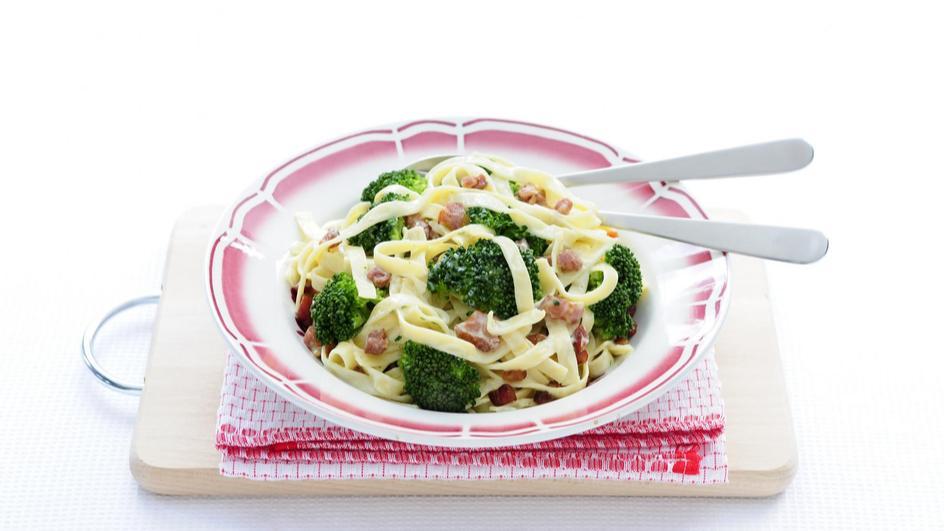 Pasta carbonara met broccoli