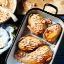 Gefüllte Ofen-Süßkartoffel mit Krabbencocktail