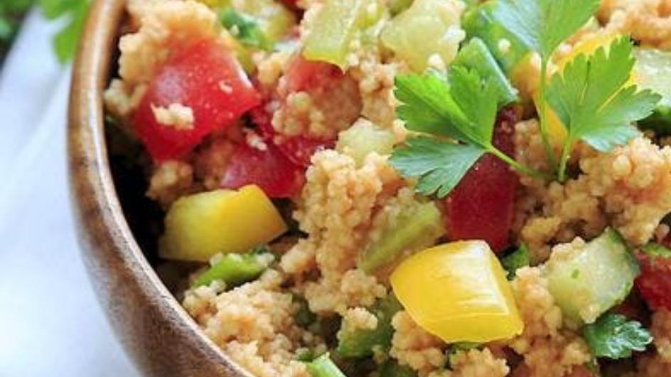 Bulgur mit Speck und kleinem Gemüse