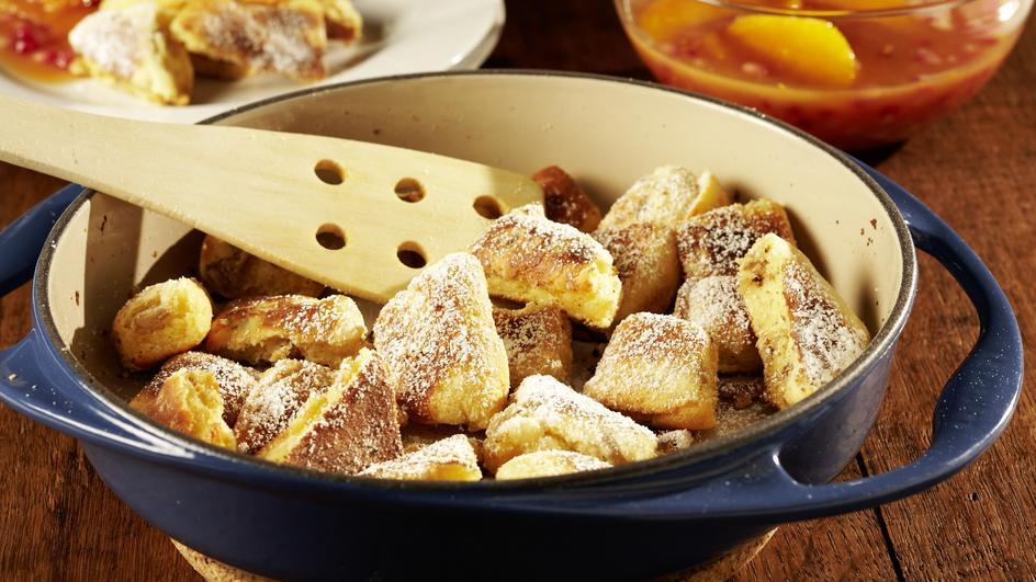 Kaiserschmarrn mit Orangen-Granatapfel-Kompott