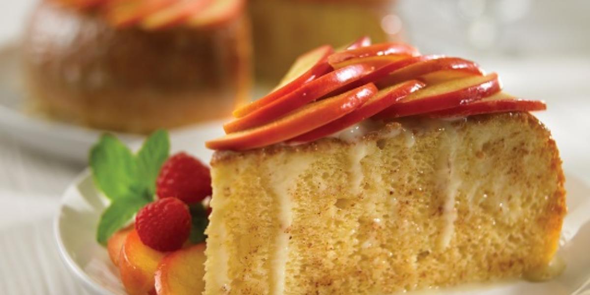 pastel de tres leches con manzana y canela deslactosado