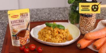 Ciecierzyca w sosie curry z odsmażanym ryżem