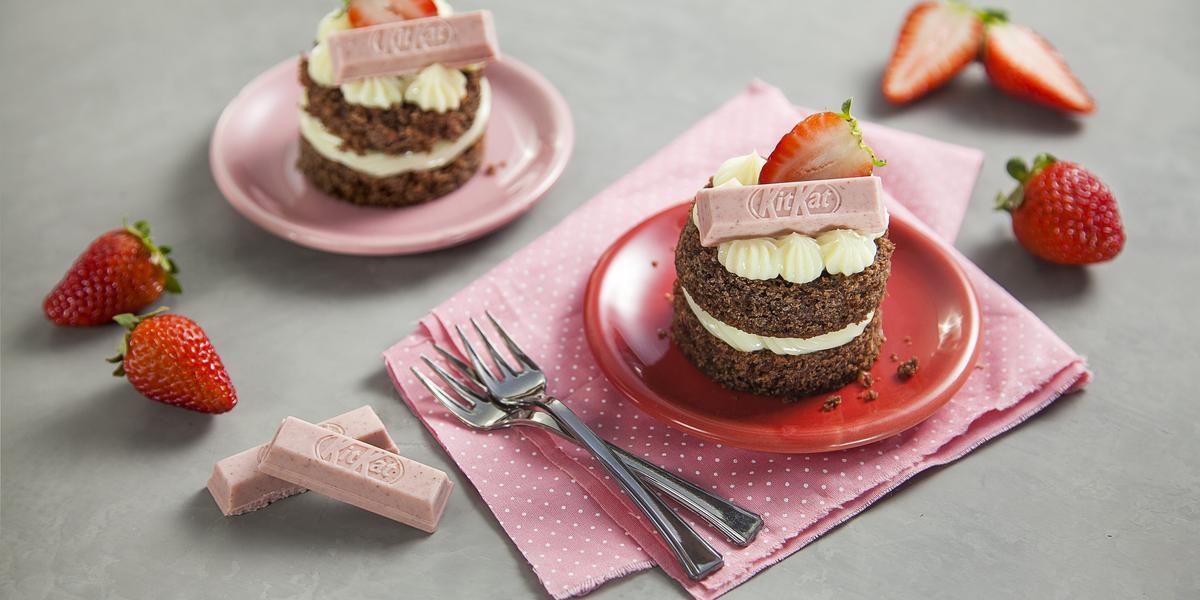 mini-naked-cake-kitkat-receitas-nestle