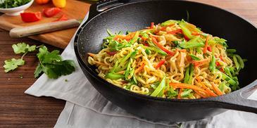 Noodles cu legume in stil vietnamez